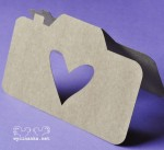 "CARD Camera with heart, colour ""KRAFT"""
