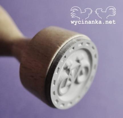 http://wycinanka.net/pl/p/stempel-gumowy-MANS-WORLD-rowerek/1913