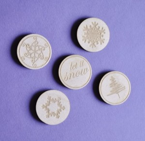badges / buttons - let it snow set