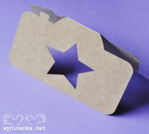 "CARD Camera with star, colour ""KRAFT"""